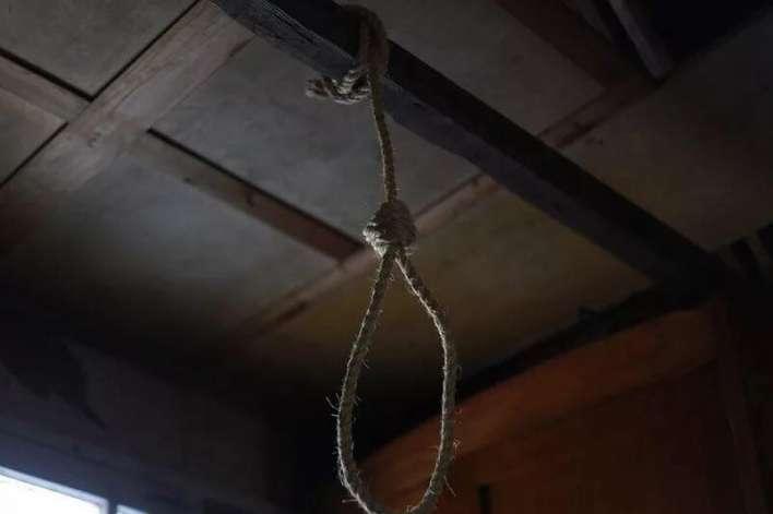 Картинки по запросу կախվել է ինքնասպան եղել